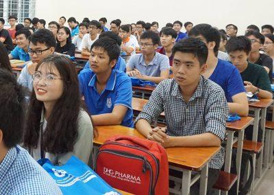Sinh viên VJEP tham gia buổi khai giảng 2018