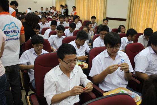 khai-giang-2011-03