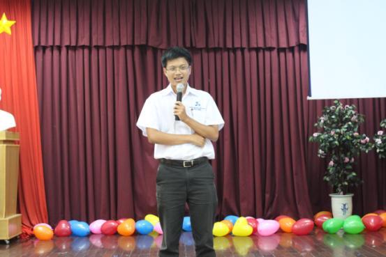 khai-giang-2011-06