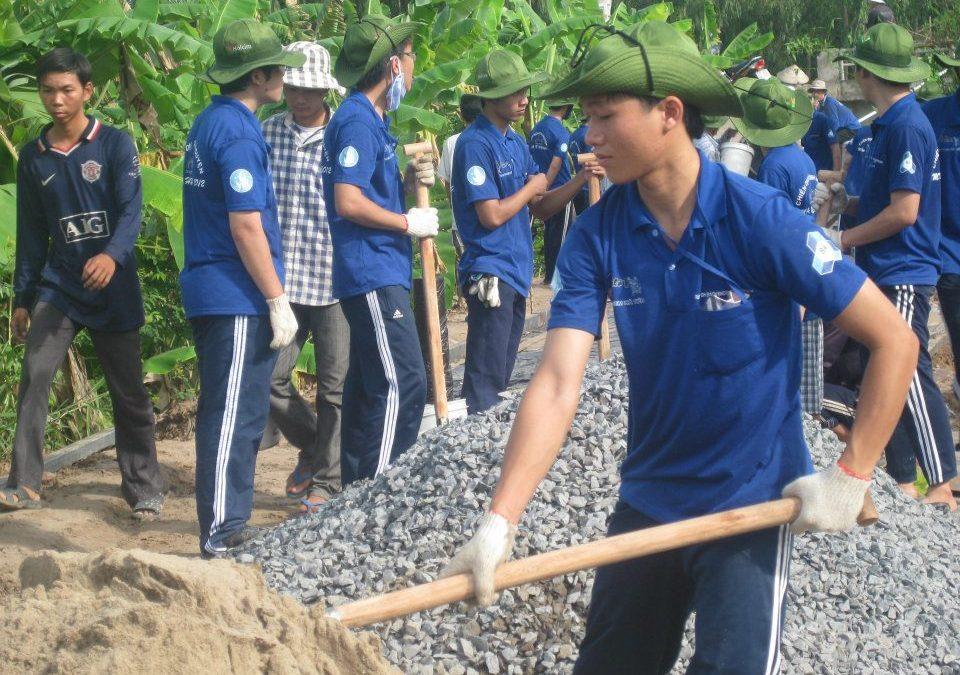 Chiến dịch mùa hè xanh Bách Khoa được vinh danh công trình thanh niên tiêu biểu