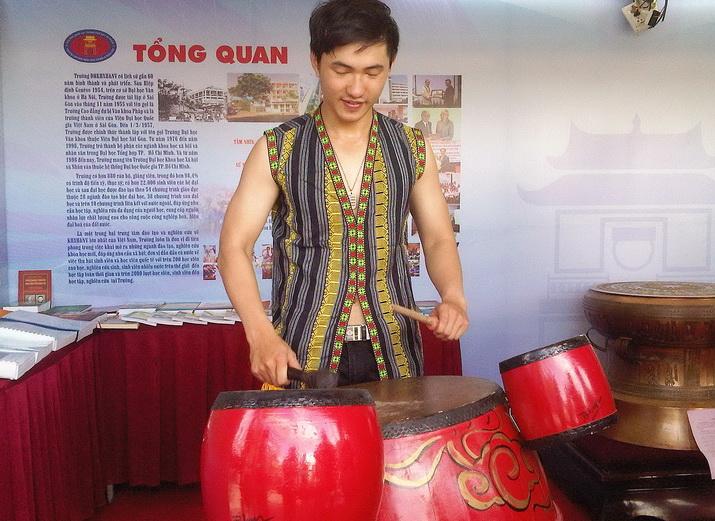 Trien-lam-sang-tao-DH-Bach-Khoa-TPHCM-09