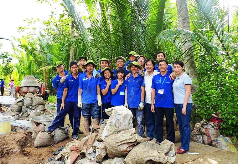 Phan Thanh Son Nam GS tre nhut VN 04 4fc46