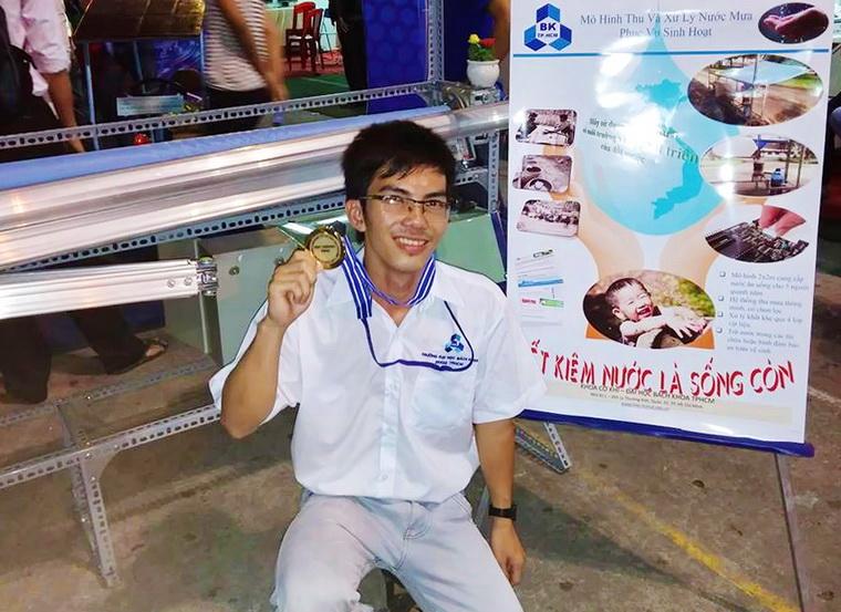 Truong Ngoc Cuong xu ly nuoc mua 01 463f7