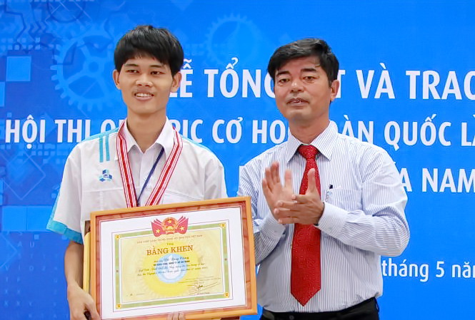 Vo Duy Cong Olympic Co hoc 2015