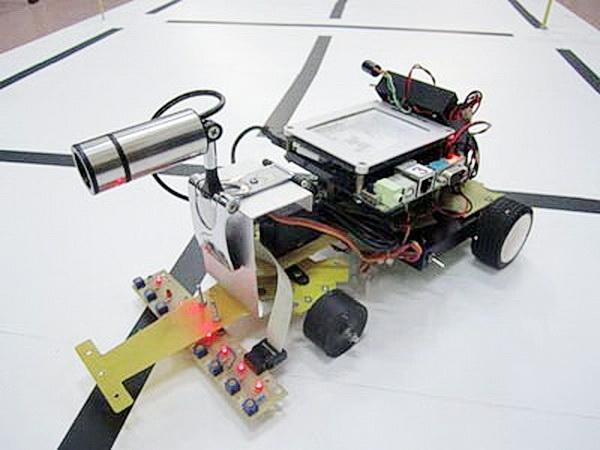 Robot nhan dang chu viet BKIT4U 01