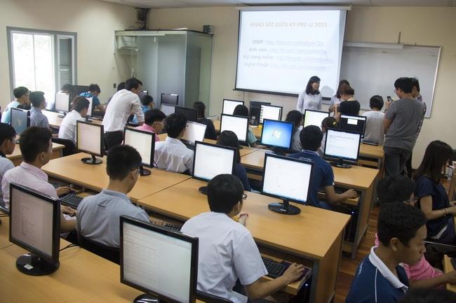 Sinh viên BK-OISP khảo sát chất lượng học kỳ Pre-Uni 2015