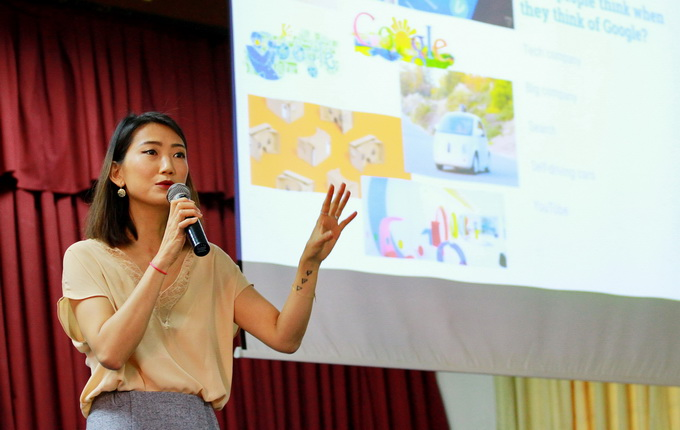 Business Talk No1 Nguyen Phuong Anh 01