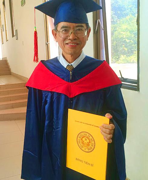 Hoang Minh Nam tien si Bach Khoa 01