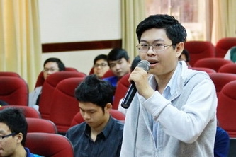 """Sinh viên Tiên tiến K12 truyền """"bí kíp"""" dẫn đầu"""