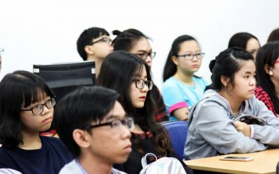 Tân sinh viên BK-OISP sinh hoạt hướng nghiệp đầu khóa 2017