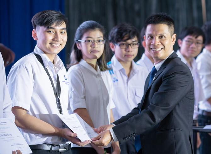 PV Nguyen Phat Tai K15 Dau khi CLC 01