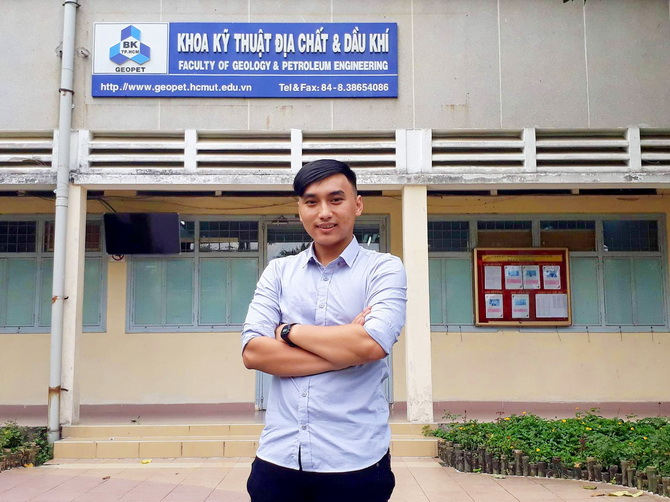 PV Nguyen Phat Tai K15 Dau khi CLC 02