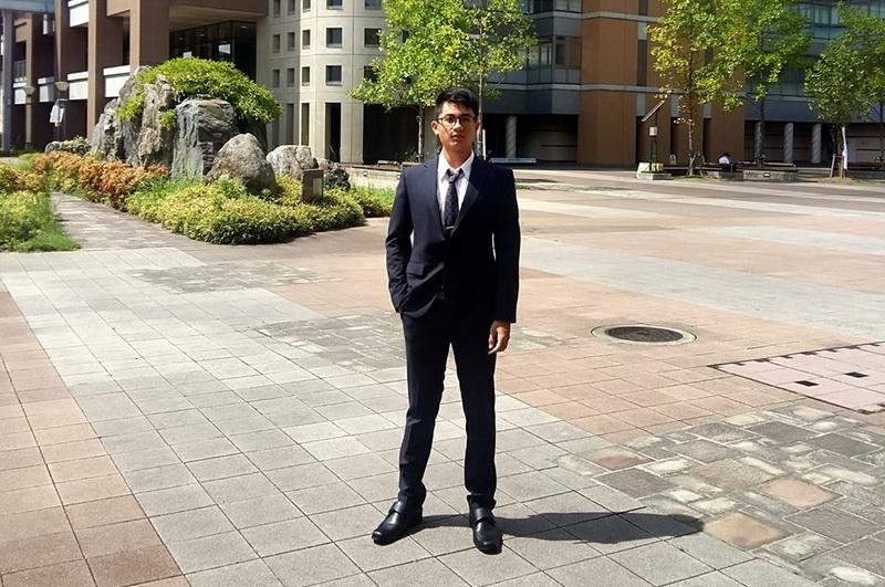 Mai Hoàng Bảo nói về lần đầu mặc suit thuyết trình ở hội nghị quốc tế