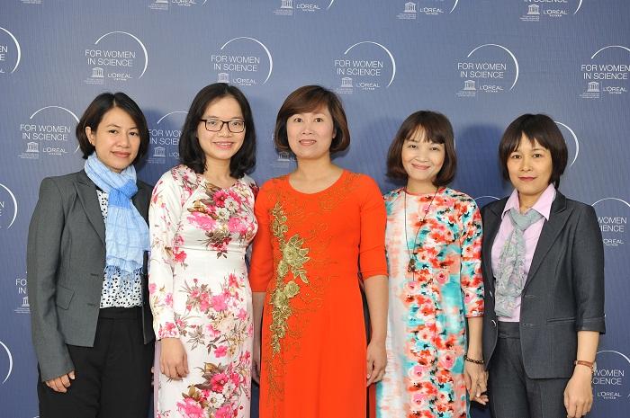 Nguyen Thi Le Thu giai thuong UNESCO
