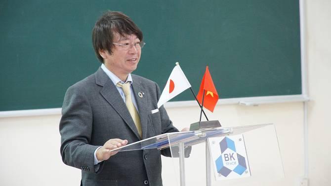 Mr.IGARASHI NOMUMASA