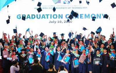 Sinh viên Bách Khoa Quốc tế rạng rỡ ngày tốt nghiệp