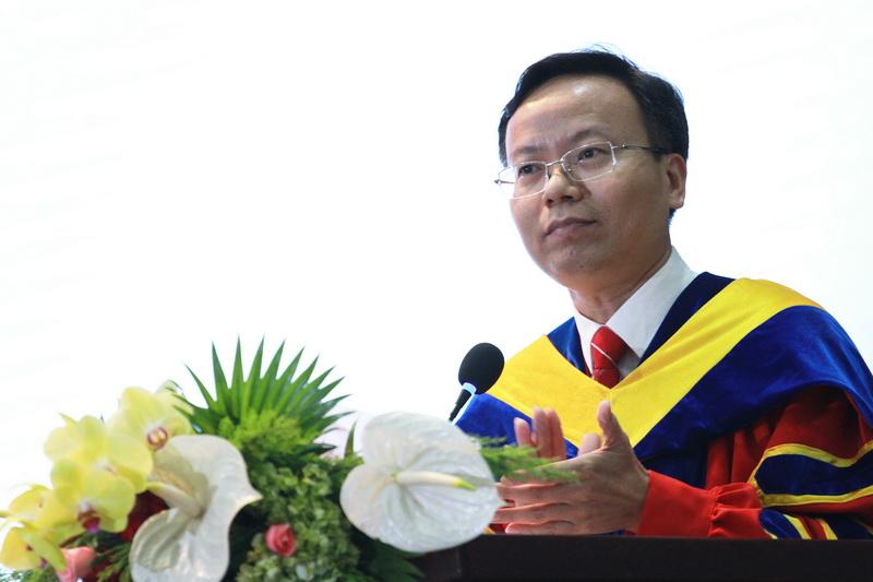 Diễn từ chúc mừng SV BK-OISP của Hiệu trưởng Mai Thanh Phong