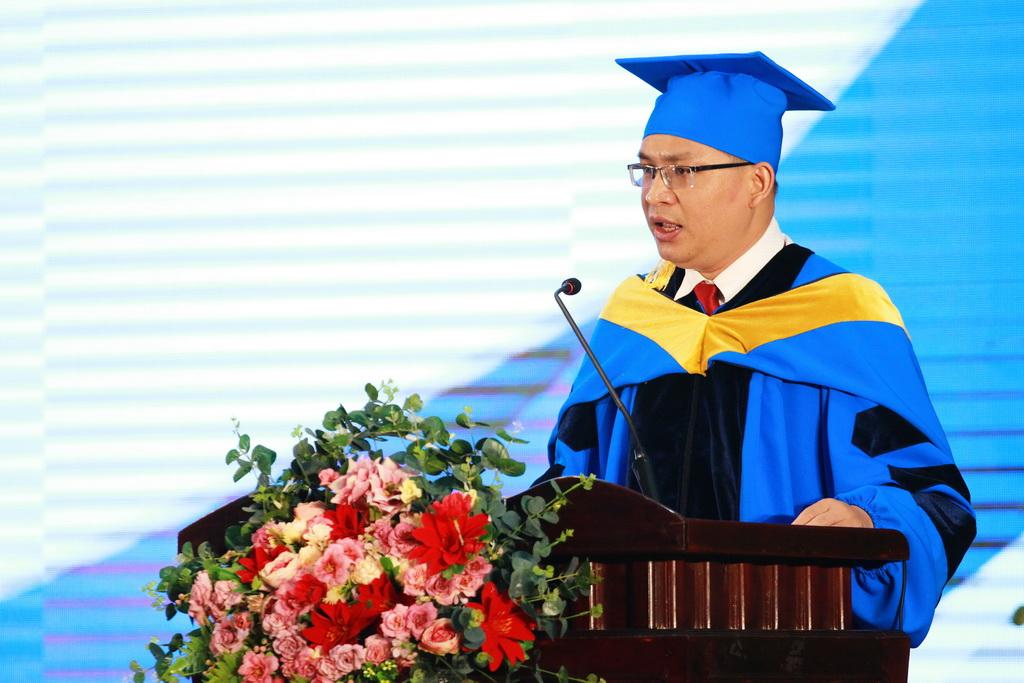 Lẽ Tốt nghiệp Bách khoa Quốc tế | chương trình Chất lượng cao | chương trình Tiên tiến | Trường Đại học Bách khoa